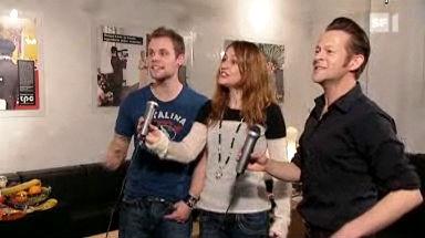 Video «Karaoke-Spiele im Test: Die Favoriten der Stars» abspielen