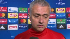 Link öffnet eine Lightbox. Video Mourinho: «Zlatan spielt nicht von Anfang an» (engl.) abspielen