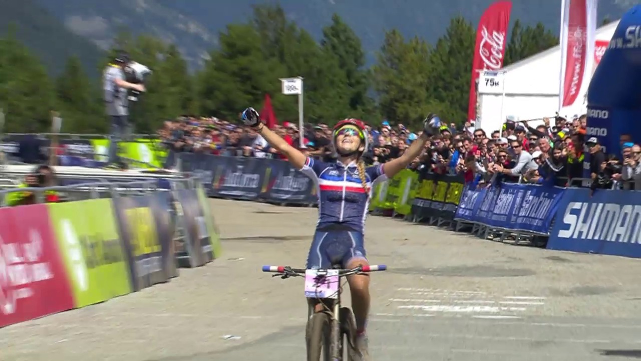 Mountainbike: WM in Andorra, Cross Country Frauen, Zieleinfahrt