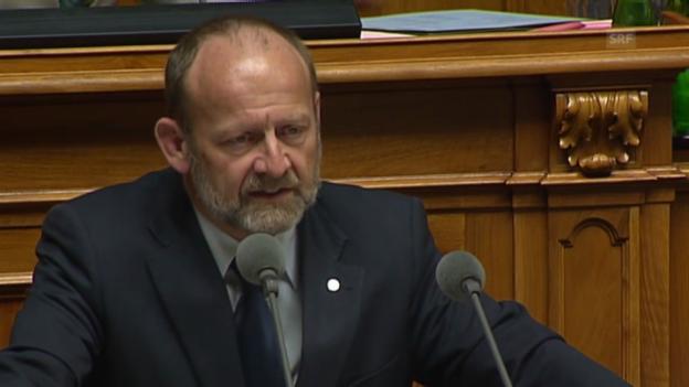 Video ««5 Bundesräte vor der WAK zeigen die Ernsthaftigkeit der Situation.»» abspielen