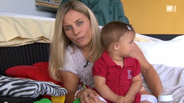 Video ««Reporter» – Ein Jahr mit Edith Hunkeler und ihrer Tochter Elin» abspielen