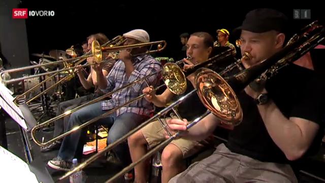 Pepe Lienhard jazzt mit Nachwuchsmusikern