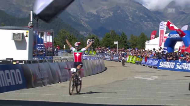 Laschar ir video «Rad: Mountainbike-WM in Andorra, Nino Schurter ist Weltmeister im Cross Country»