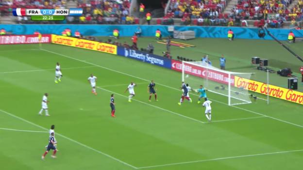 Video «Griezmanns Lattentreffer gegen Honduras» abspielen
