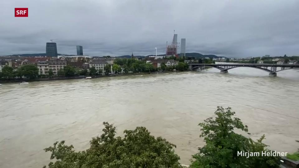 Basel: Der Rhein führt Hochwasser (16.07.21)