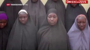 Video «Lebenszeichen von verschleppten Mädchen in Nigeria» abspielen