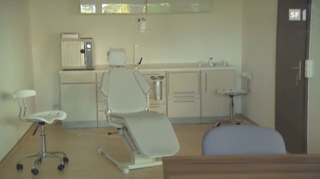 Video «So erkennen Sie Pfuscher-Zahnärzte» abspielen