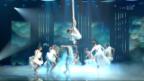 Video «Jason Bruegger verzaubert mit den Strapaten» abspielen