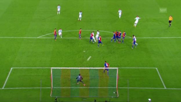 Video «Die auffälligsten Aktionen von Hazard und Luiz im Hinspiel» abspielen