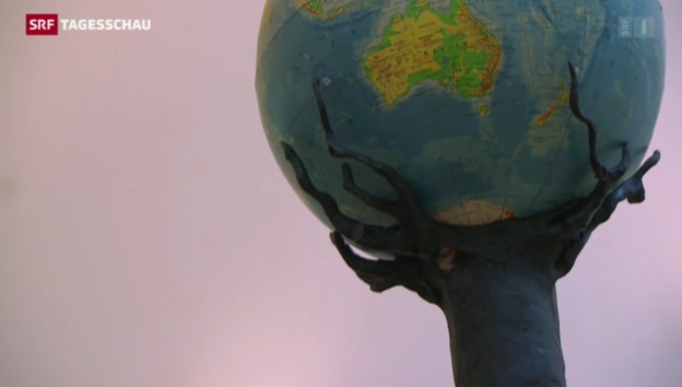 Video «Kristof Kintera stellt im Tinguely-Museum aus» abspielen