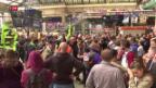 Video «Macron will SNCF wieder auf die Schiene bringen» abspielen