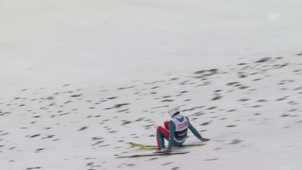 Video «Griff in den Schnee - Simon Ammann verpasst Schweizer Rekord» abspielen