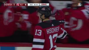 Video «Nico Hischier trifft im 1. Vorbereitungsspiel mit New Jersey» abspielen
