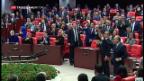 Video «Türkei hebt Immunität von Abgeordneten auf» abspielen