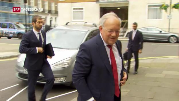 Video «Schneider-Ammann macht Druck in London» abspielen