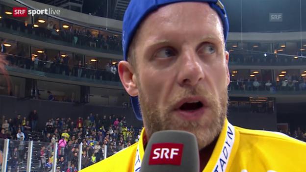 Video «Eishockey: Playoff-Final, Treffer von Reto von Arx» abspielen