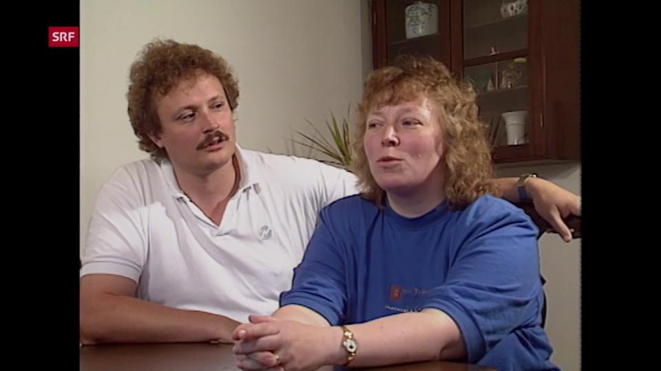 Lene Haldemann erzählt 1990 offen über das Leben mit einem künstlichen Darmausgang.