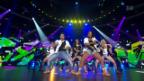 Video ««Darf ich bitten?» – Stars tanzen durch die Zeit» abspielen