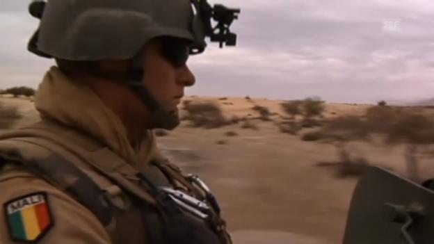Video «Französische Soldaten unterwegs nach Timbuktu» abspielen