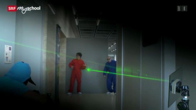 Video ««Achtung! Experiment: Licht auf Umwegen»» abspielen