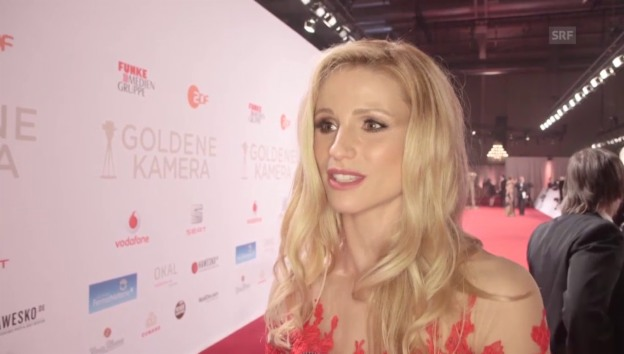 Video «Michelle Hunziker im Interview» abspielen