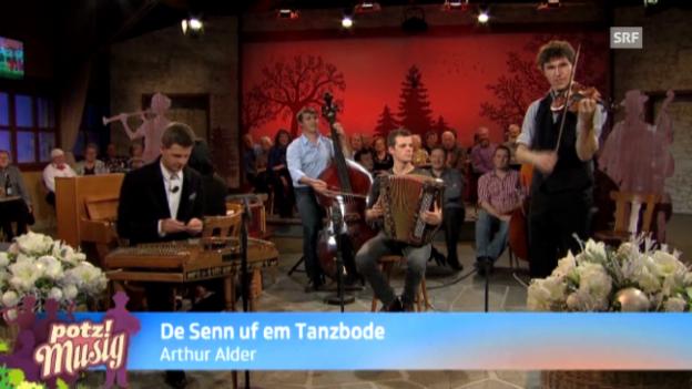 Video «De Senn ufm Tanzbode - Arthur Alder» abspielen