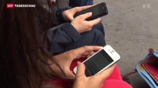 Video «Smartphone statt Zeitung» abspielen