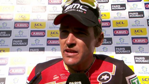 Video «Roubaix-Sieger Van Avermaet: «Hatte Angst vor Stybar»» abspielen