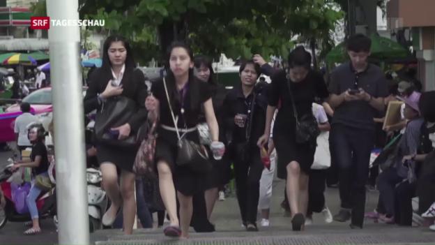 Video «Thailands grosse Trauer über den Tod des Königs» abspielen