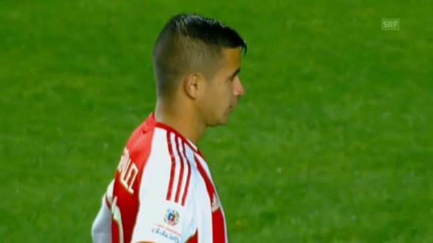 Video «Fussball: Derlis Gonzalez versenkt entscheidenden Penalty» abspielen