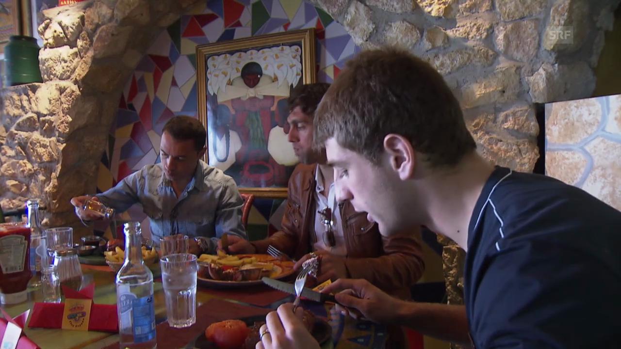 FCB-Trio Diaz, Delgado und Sauro im Steakhouse