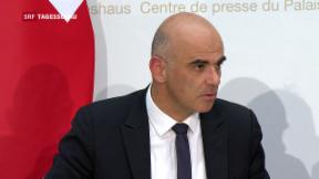 Video «Schwere Niederlage für Bundesrat Berset » abspielen