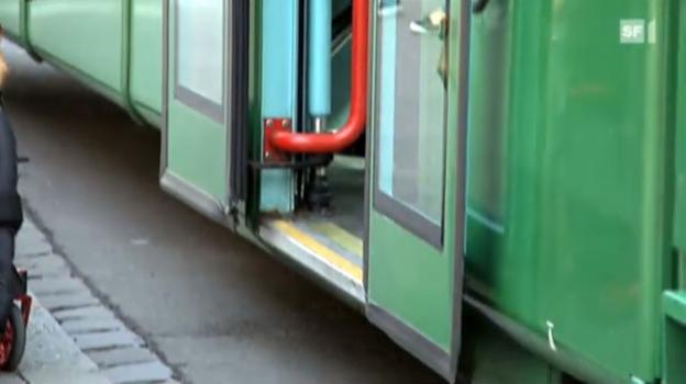 Video «Rollstuhl-Schikanen im öffentlichen Verkehr» abspielen