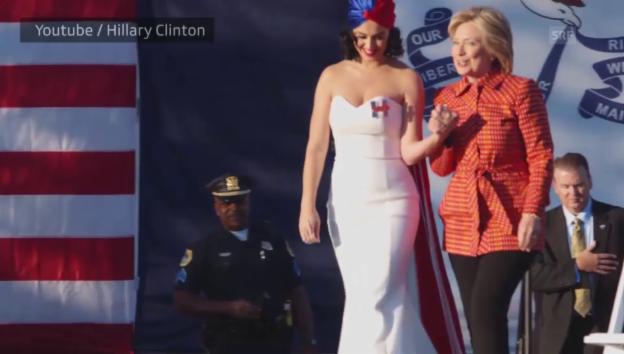 Video «Katy Perry setzt sich für Hillary Clinton ein» abspielen