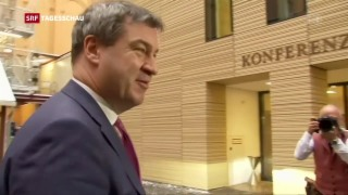 Video «Seehofer kündigt Rücktritt an» abspielen