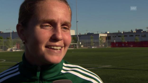 Video «Fussball: Esther Staubli über ihre Kolleginnen» abspielen