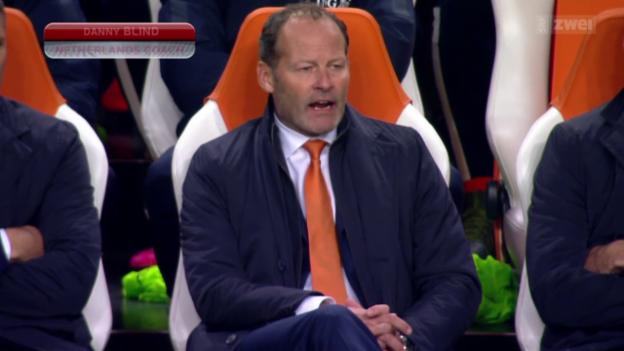 Video «Fussball: EM-Quali, Niederlande - Tschechien» abspielen