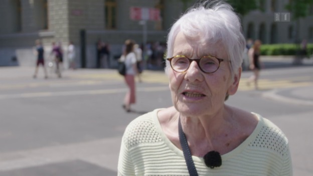Video «Streit um Streik: Nicht alle Frauen gehen auf die Strasse» abspielen