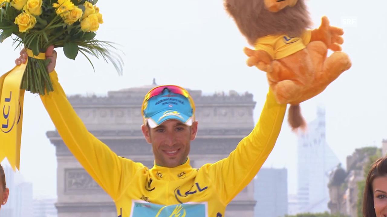Rad: Die Siegerehrung von Vincenzo Nibali