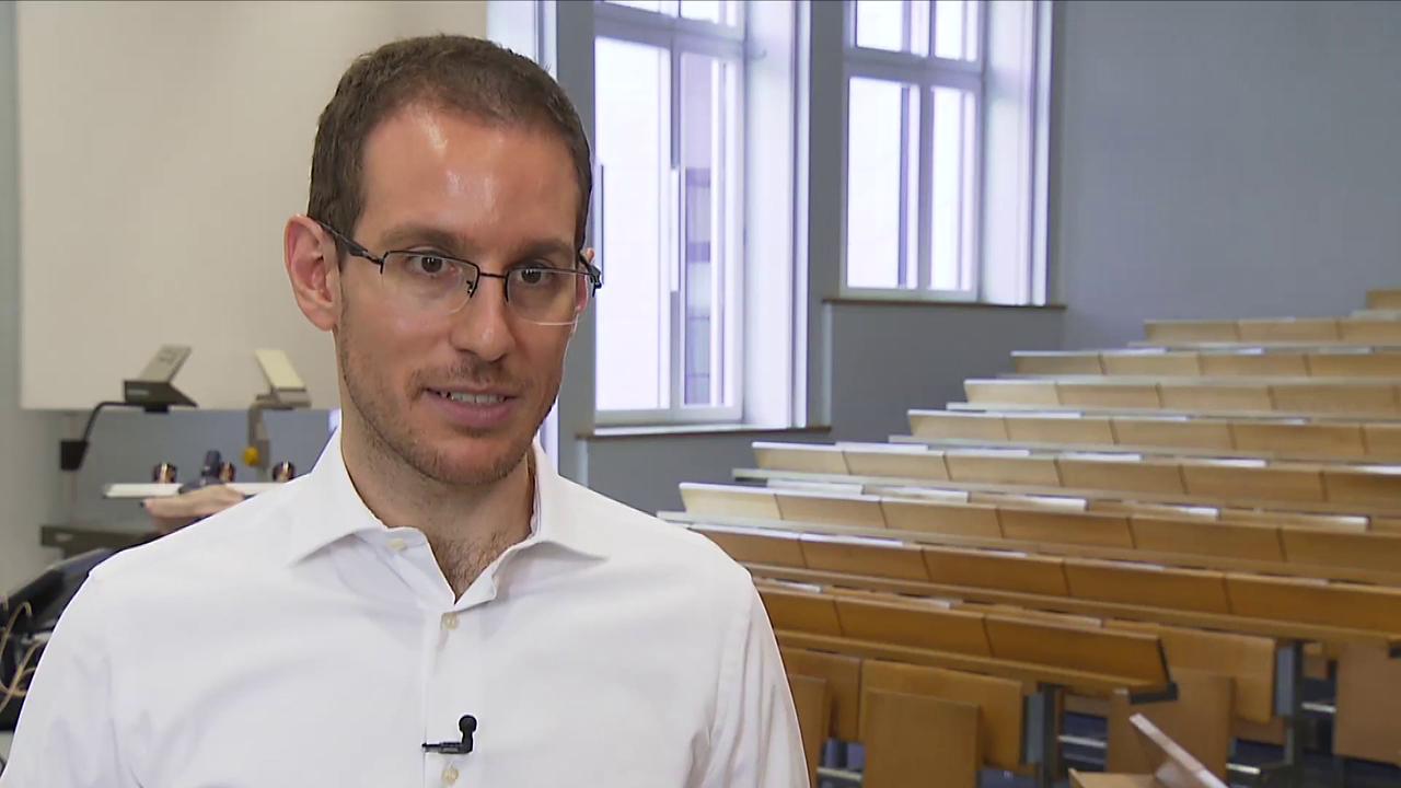 Er ist gerade mal 30: Professor aus NRW erhält