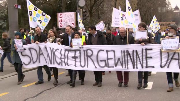 Video «SDA streikt, EU rüffelt Kantone, Norman Gobbi, Beppe Grillo» abspielen