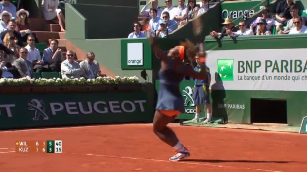 Video «Williams - Kusnezowa: Wichtigste Bälle im 3. Satz» abspielen