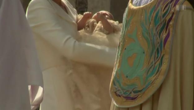 Video «Prinzessin Charlotte ist getauft» abspielen