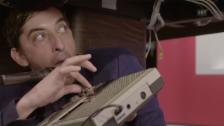 Video «Hallo SRF Comedy Unverständlichkeit» abspielen
