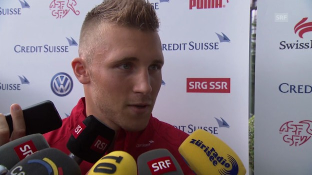 Video «Interview mit Nati-Neuling Silvan Widmer» abspielen