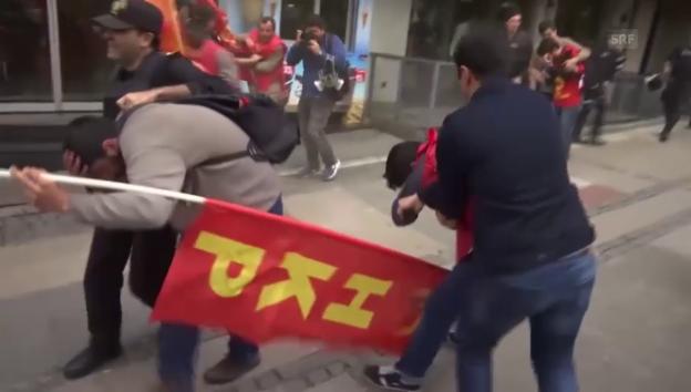 Video «Gewaltsame Zusammenstösse in Istanbul» abspielen