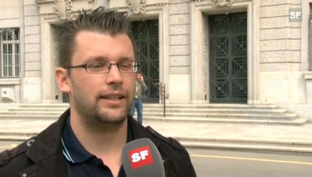 Video «SF-Reporter Simon Christen spricht über Carl Hirschmanns Aussagen vor Gericht» abspielen