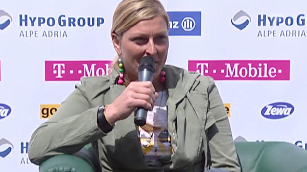 Video «Ski alpin: Janica Kostelic gibt ihren Rücktritt bekannt («sportaktuell», 19.04.2007)» abspielen