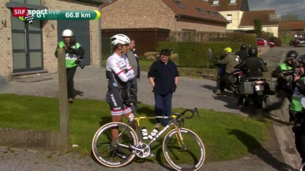 Video «Cancellara kämpft in Belgien mit Widrigkeiten» abspielen
