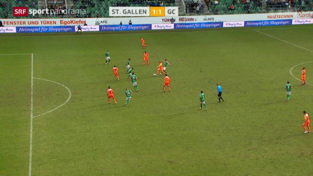 Video «Fussball: Super League, Ngamukol aberkanntes Tor» abspielen
